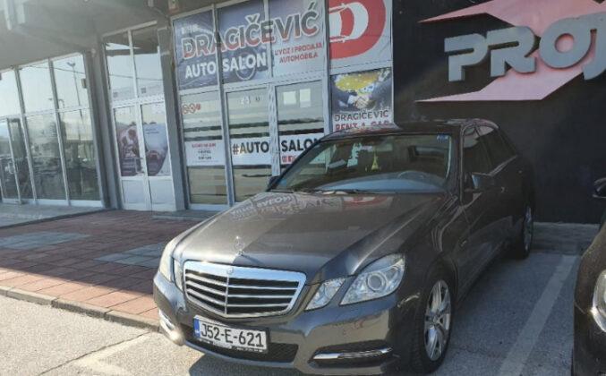 Da li ste vidjeli ovo vozilo: Vlasnik ukradenog Mercedesa nudi novčanu nagradu