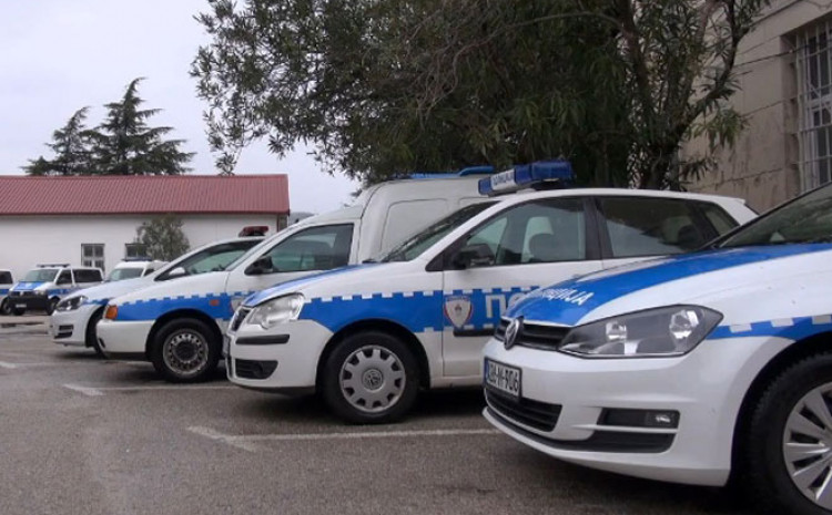 Policija istražuje paljevinu autobusa u Trebinju