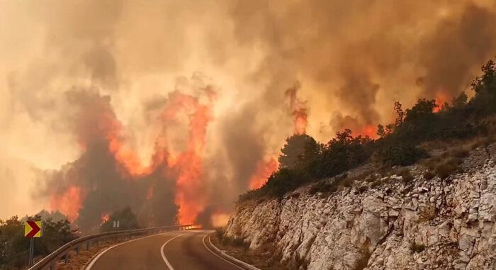 Za gašenje požara u Jablanici zatražena međunarodna pomoć